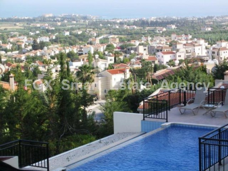For Sale 4 Bedroom Detached House in Peyia, Pegeia, Paphos