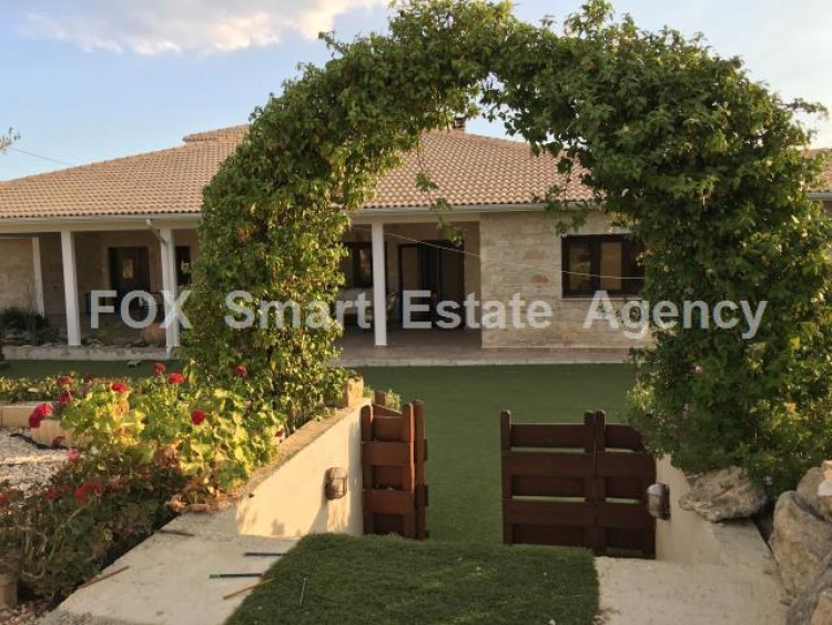 For Sale 5 Bedroom Detached House in Maroni, Larnaca 24