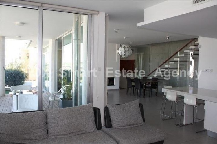 For Sale 4 Bedroom Detached House in Kallithea, Nicosia 6