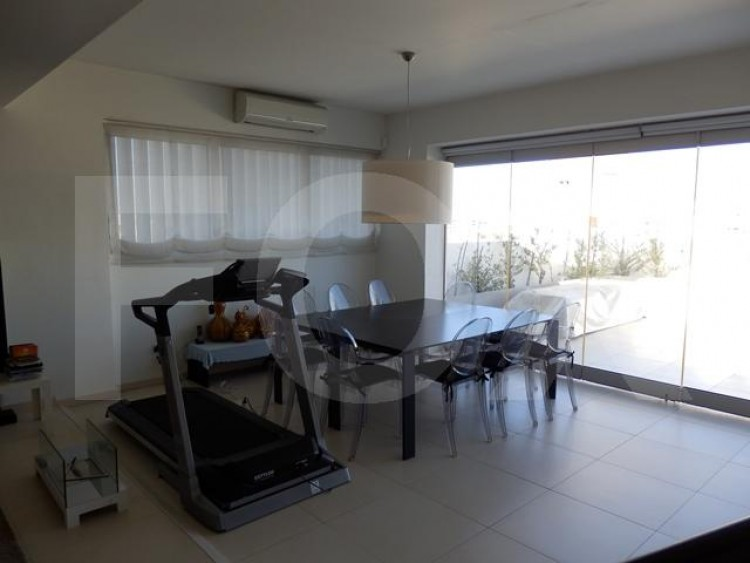For Sale 3 Bedroom Apartment in Lykavitos, Nicosia 25