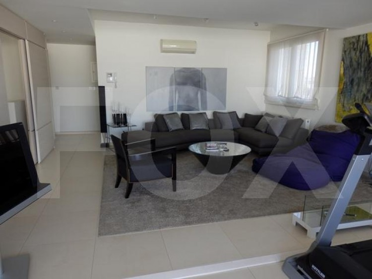 For Sale 3 Bedroom Apartment in Lykavitos, Nicosia 26