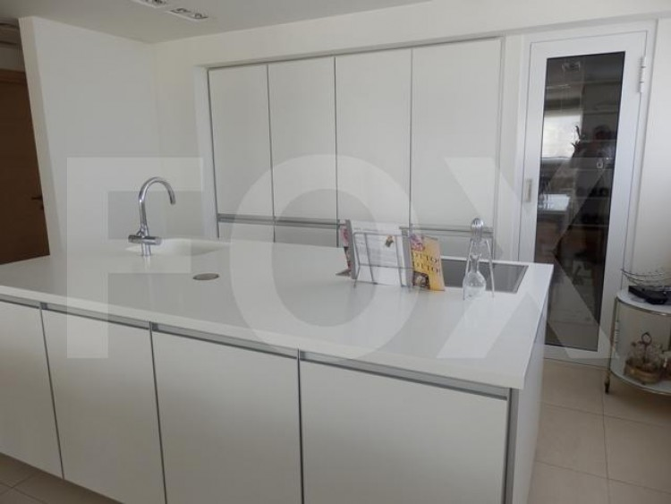 For Sale 3 Bedroom Apartment in Lykavitos, Nicosia 8