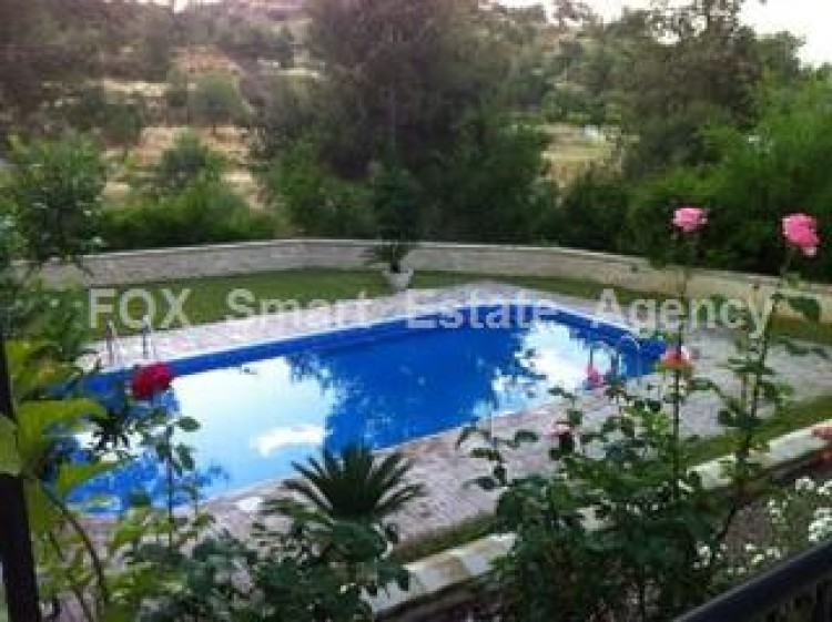 For Sale 3 Bedroom Detached House in Kapedes, Nicosia
