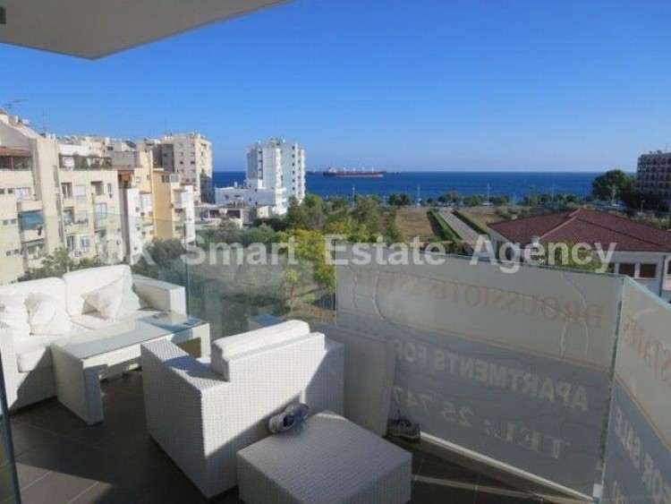 For Sale 3 Bedroom Apartment in Limassol, Limassol 7