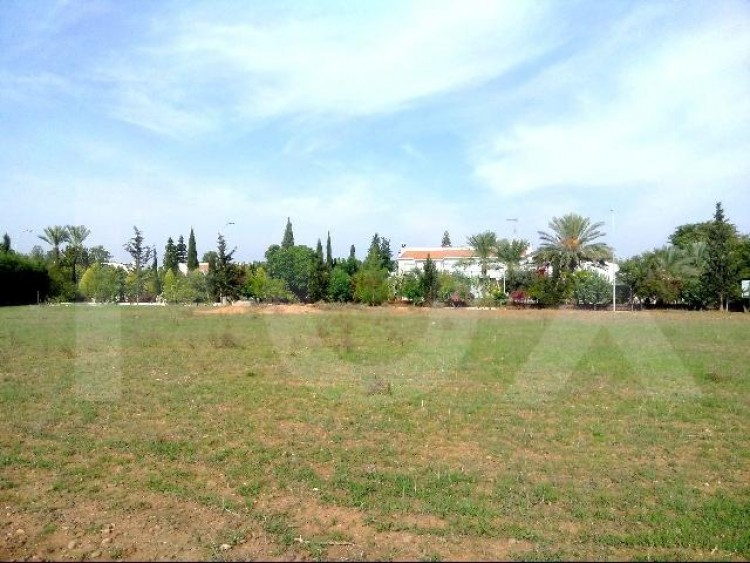 Residential plot 4376 sq.m. at Laiki Lefkothea next to the Cyprus Sporting club