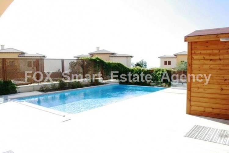 For Sale 2 Bedroom Semi-detached House in Aphrodite hills, Paphos 12
