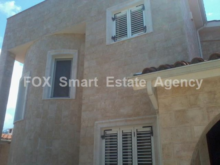 For Sale 3 Bedroom Detached House in Peyia, Pegeia, Paphos 26