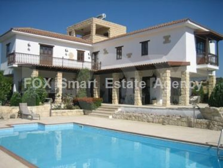 For Sale 4 Bedroom Detached House in Pyrgos lemesou, Limassol