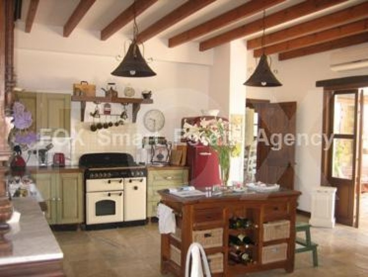 For Sale 4 Bedroom Detached House in Pyrgos lemesou, Limassol 12