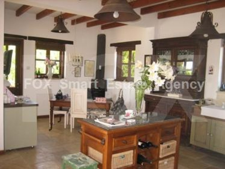 For Sale 4 Bedroom Detached House in Pyrgos lemesou, Limassol 2