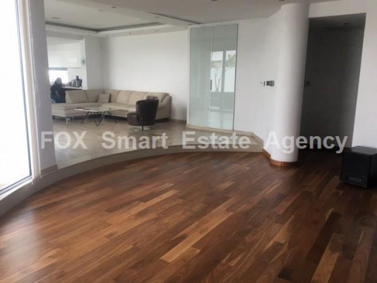 For Sale 5 Bedroom Detached House in Livadia larnakas, Larnaca 2