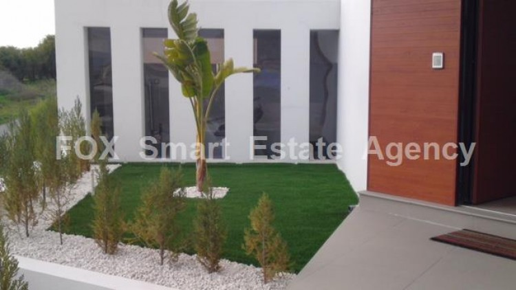 For Sale 5 Bedroom Detached House in Livadia larnakas, Larnaca 22