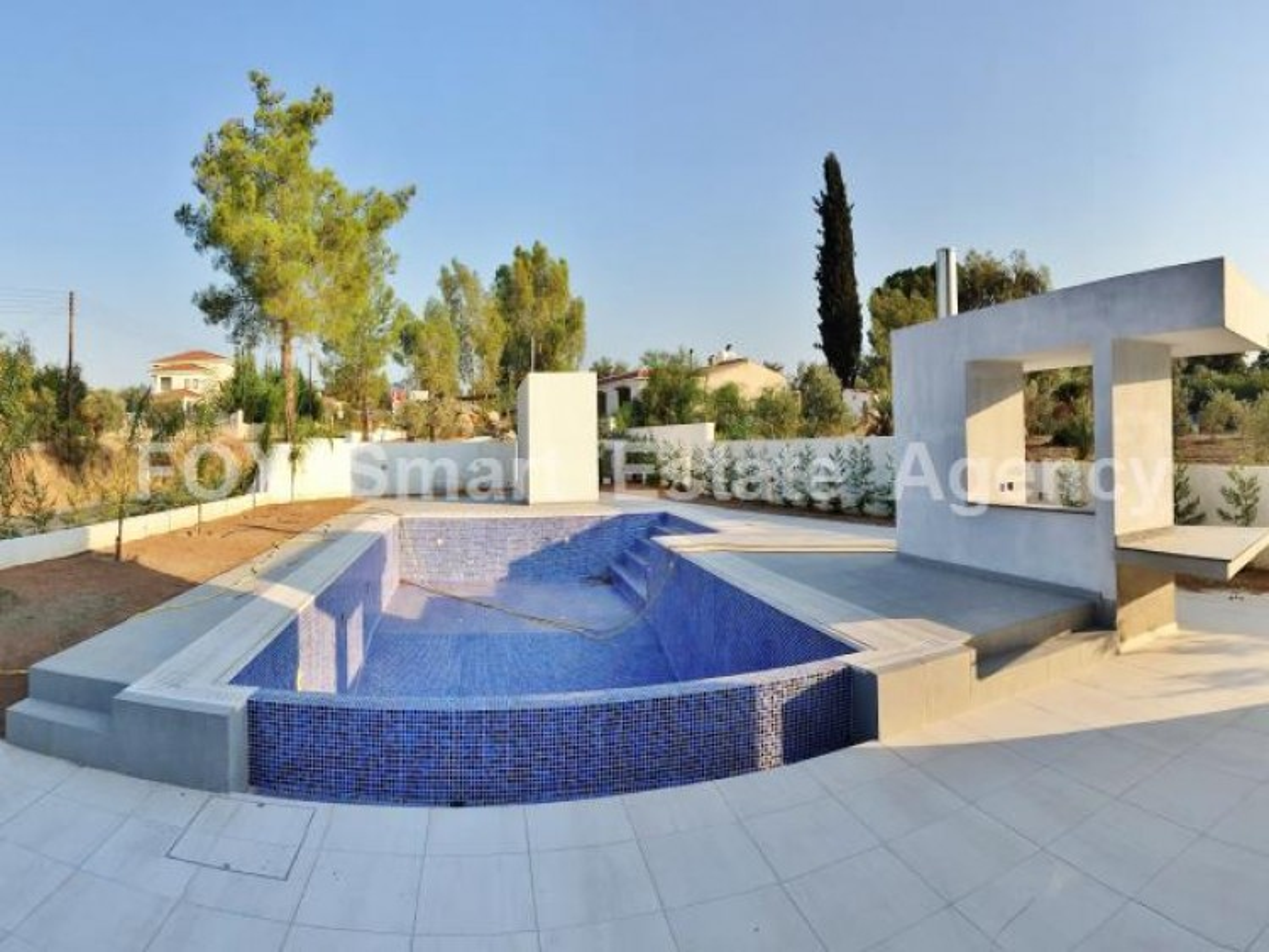 For Sale 5 Bedroom Detached House in Nicosia suburbs, Nicosia