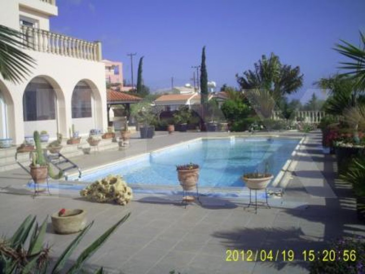 Property for Sale in Paphos, Neo Chorio Pafou, Cyprus