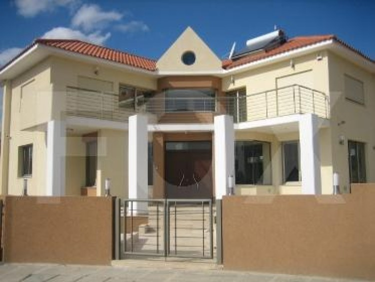 For Sale 6 Bedroom Detached House in Panthea, Limassol