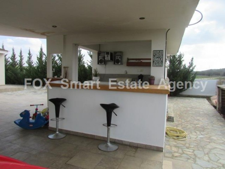 For Sale 4 Bedroom Detached House in Palaiometocho, Nicosia 10