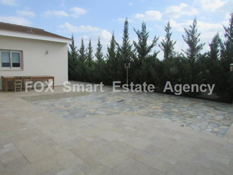 For Sale 4 Bedroom Detached House in Palaiometocho, Nicosia 11