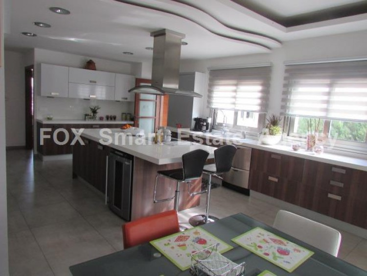 For Sale 4 Bedroom Detached House in Palaiometocho, Nicosia 6