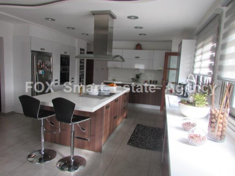 For Sale 4 Bedroom Detached House in Palaiometocho, Nicosia 7