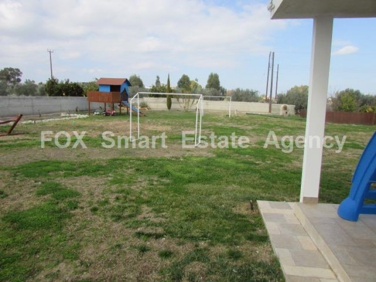 For Sale 4 Bedroom Detached House in Palaiometocho, Nicosia 9