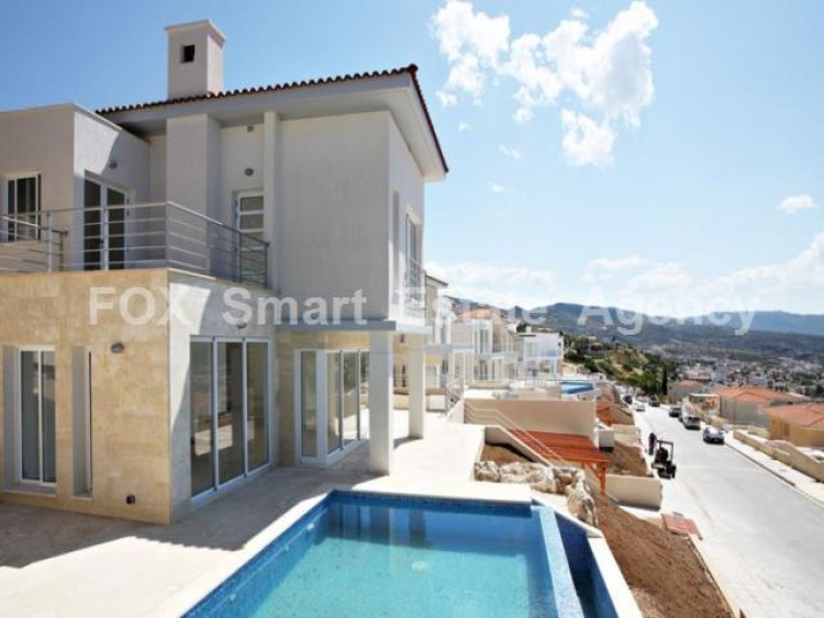 For Sale 4 Bedroom Detached House in Peyia, Pegeia, Paphos 2