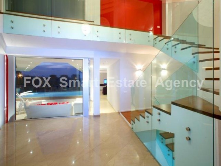 For Sale 5 Bedroom Detached House in Lakatameia, Nicosia 3