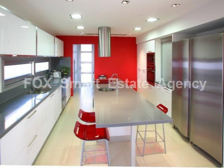 For Sale 5 Bedroom Detached House in Lakatameia, Nicosia 4
