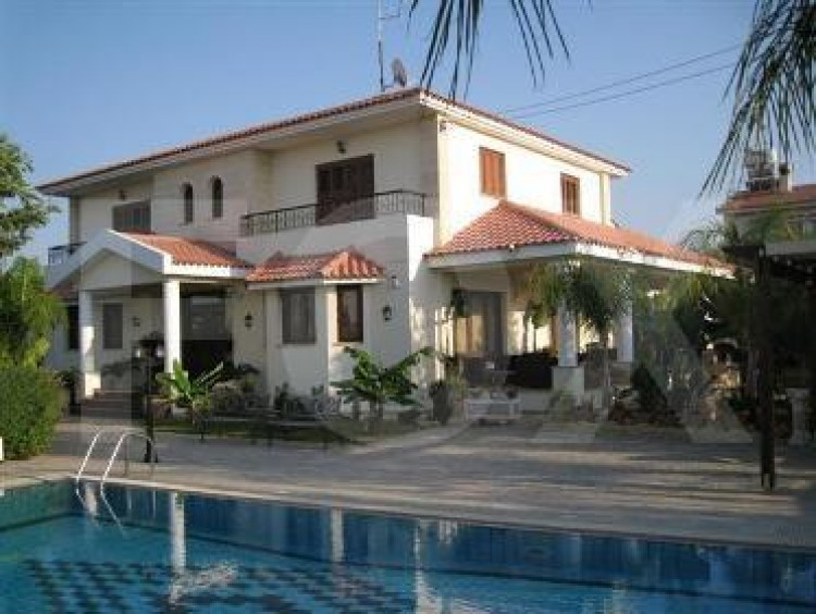 For Sale 4 Bedroom Detached House in Politiko, Nicosia