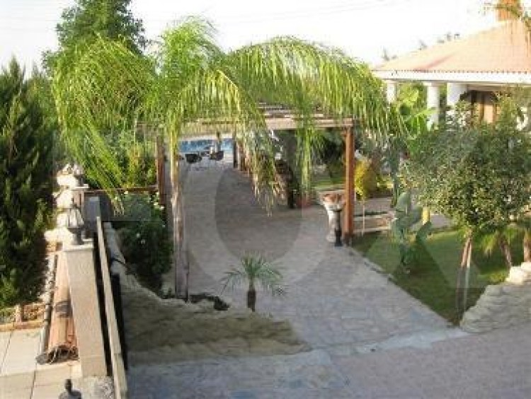 For Sale 4 Bedroom Detached House in Politiko, Nicosia 21
