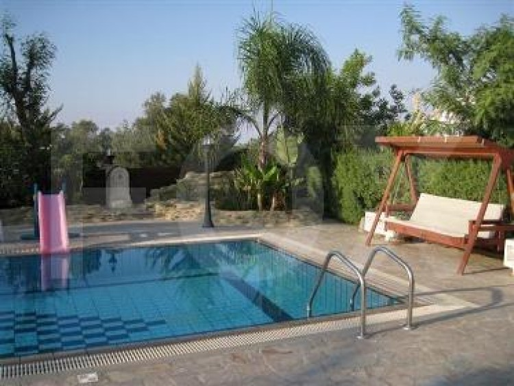 For Sale 4 Bedroom Detached House in Politiko, Nicosia 7