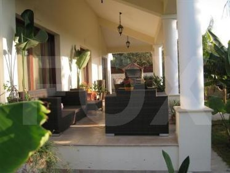 For Sale 4 Bedroom Detached House in Politiko, Nicosia 8