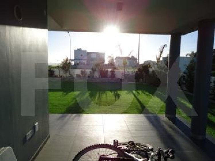 For Sale 5 Bedroom Detached House in Strovolos, Nicosia 4 10