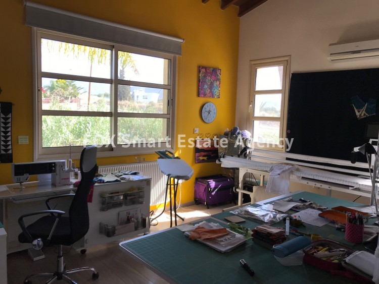 For Sale 4 Bedroom  House in Parekklisia, Limassol 12