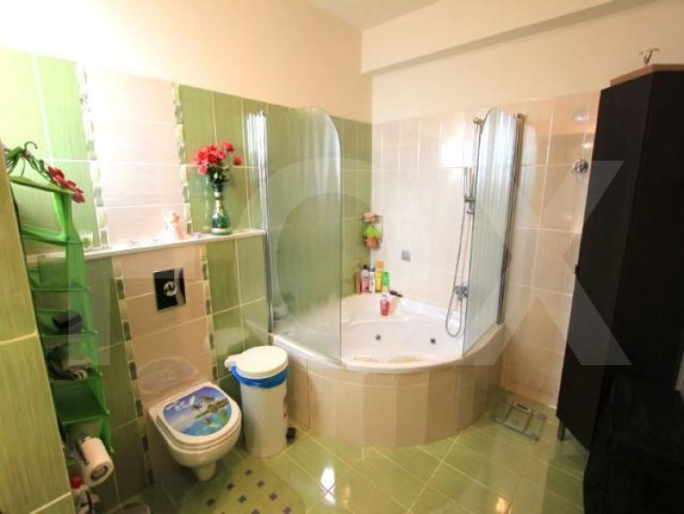 For Sale 5 Bedroom Detached House in Latsia, Nicosia 17
