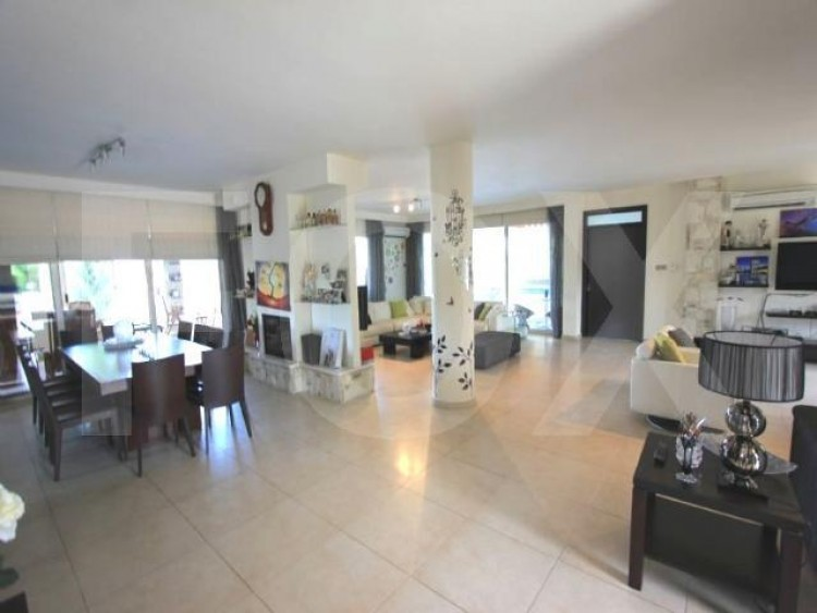 For Sale 5 Bedroom Detached House in Latsia, Nicosia 3