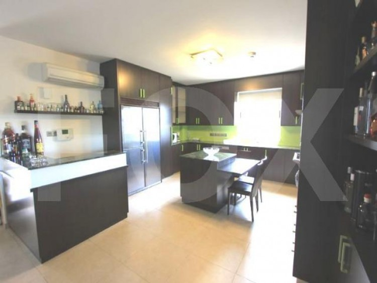 For Sale 5 Bedroom Detached House in Latsia, Nicosia 8