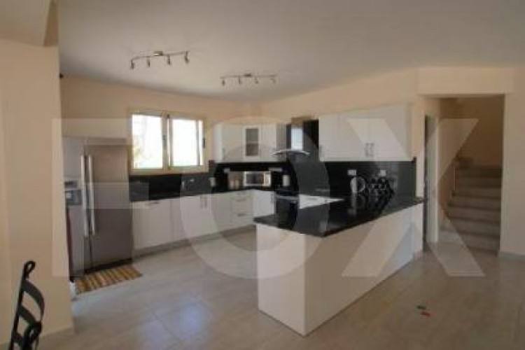 For Sale 5 Bedroom Detached House in Peyia, Pegeia, Paphos 4