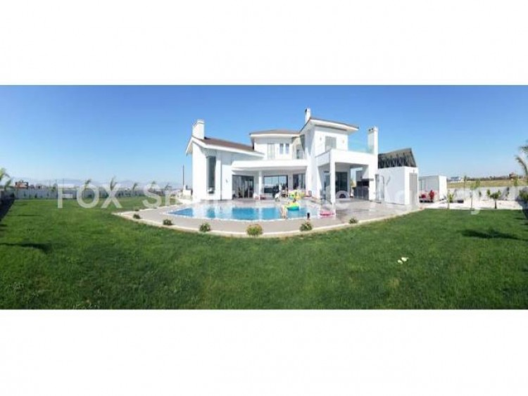 For Sale 4 Bedroom Detached House in Agioi trimithias, Nicosia 9