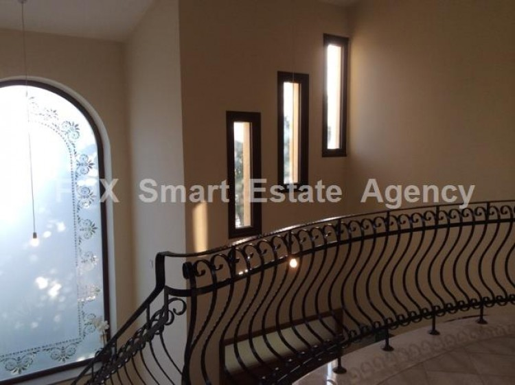 For Sale 5 Bedroom Detached House in Agios athanasios, Limassol 4