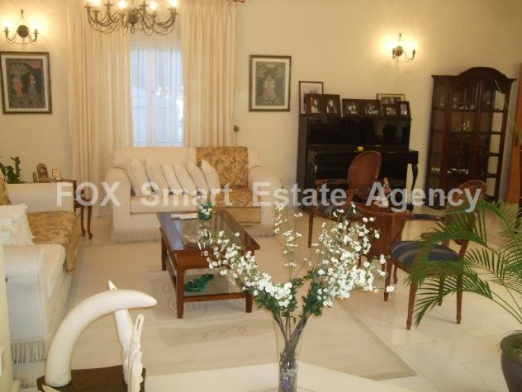 For Sale 5 Bedroom Detached House in Kato pafos , Paphos