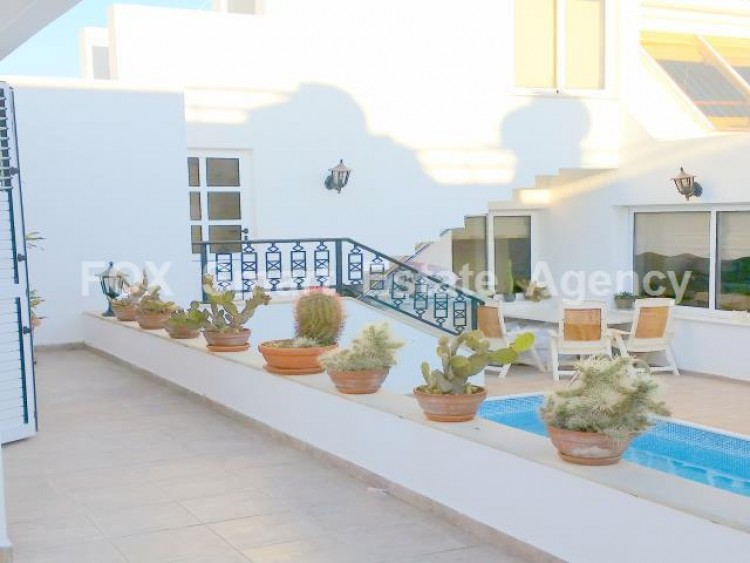 For Sale 5 Bedroom Detached House in Kato pafos , Paphos 24