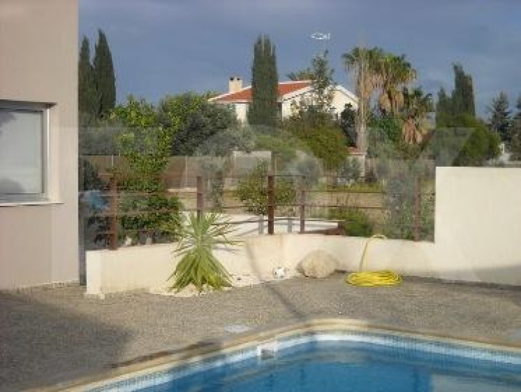 For Sale 6 Bedroom Detached House in Geroskipou, Paphos 12