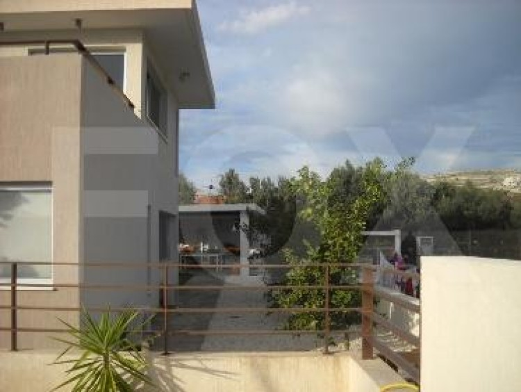 For Sale 6 Bedroom Detached House in Geroskipou, Paphos 13