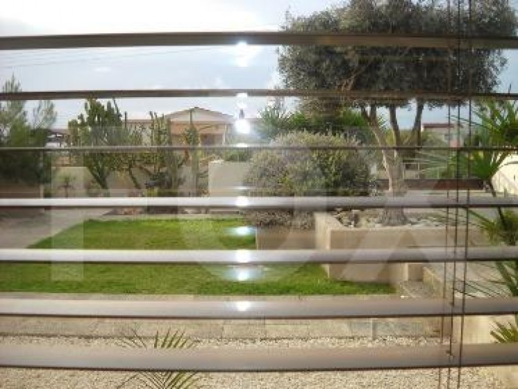 For Sale 6 Bedroom Detached House in Geroskipou, Paphos 19