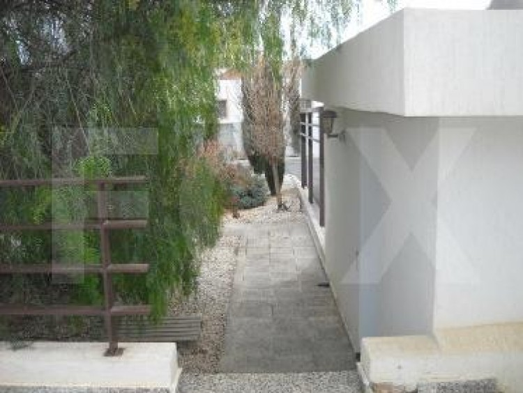 For Sale 6 Bedroom Detached House in Geroskipou, Paphos 5