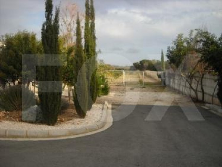For Sale 6 Bedroom Detached House in Geroskipou, Paphos 9