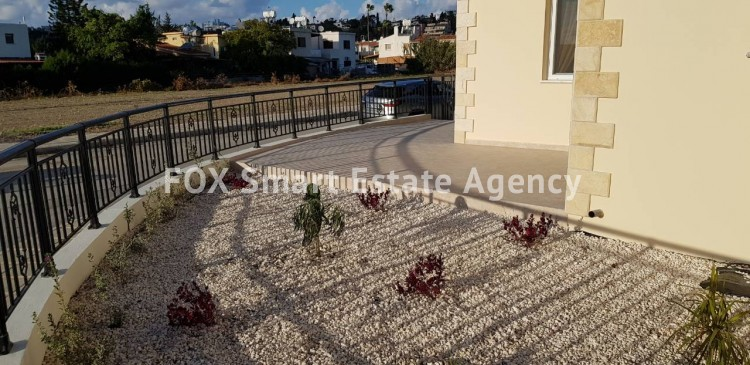For Sale 3 Bedroom Maisonette House in Kato pafos , Paphos 12