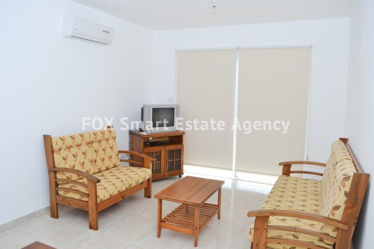 For Sale 1 Bedroom Top floor Apartment in Pafos, Paphos 4