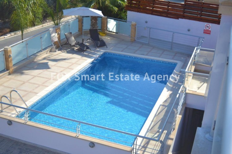 For Sale 1 Bedroom  Apartment in Geroskipou, Paphos 4