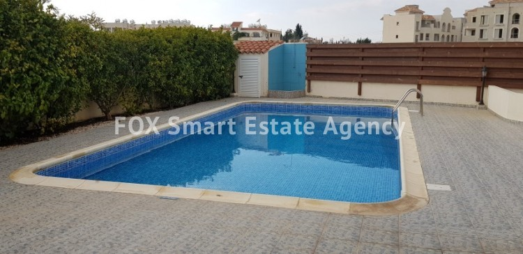 For Sale 2 Bedroom  Apartment in Pafos, Paphos 6